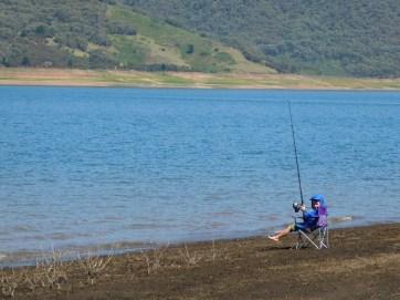 Cam having a fish at Blowering