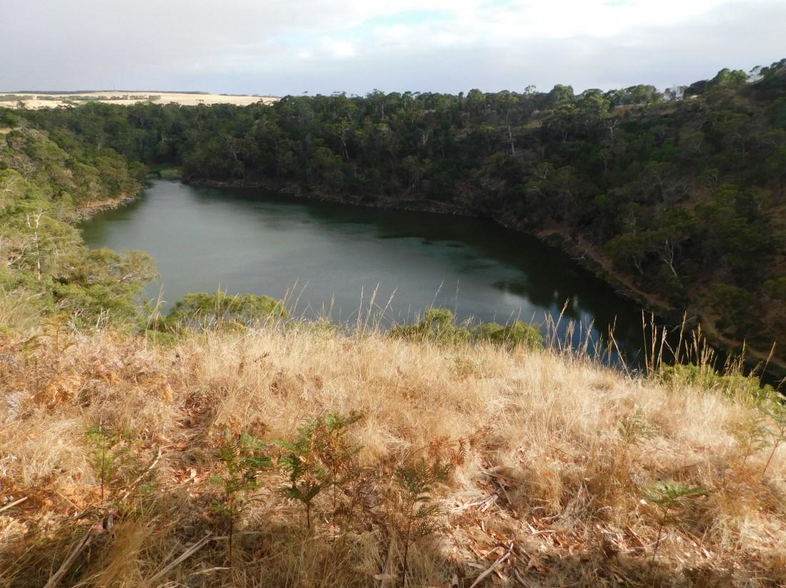 Mt Eccles crater lake walk
