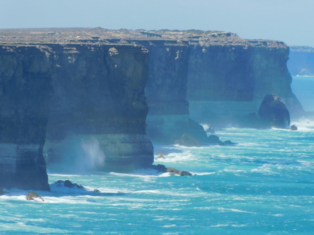 Nullabor G-A Bight cliffs closeup