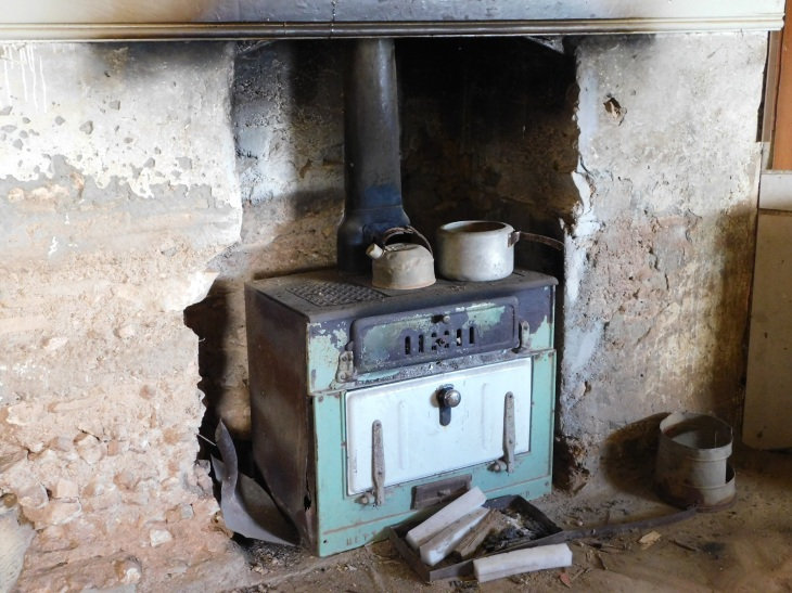 Nullabor Koonalda kitchen stove