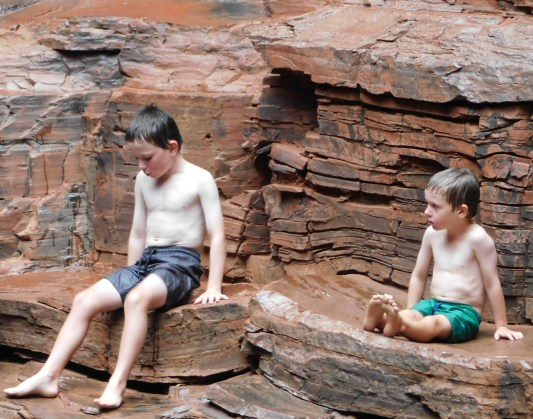 Karijini the boys on the rocks