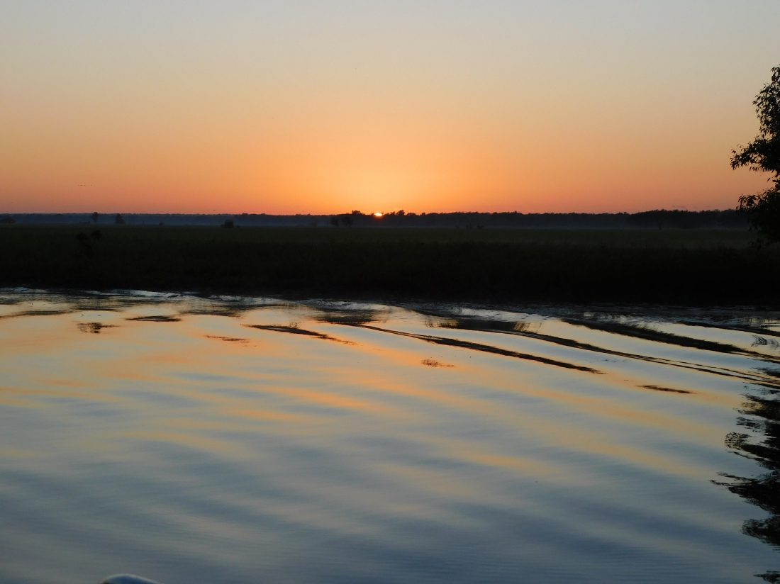 Kakadu Yellow water cruise sunrise
