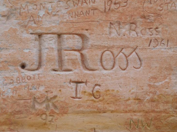 Chambers Pillar -engraving