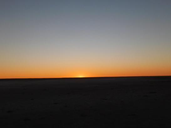 Lake Eyre Sunset (3)