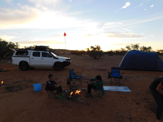 Simpson Desert-camp 4
