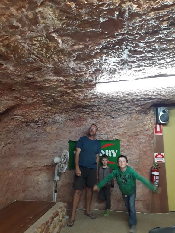 coober pedy underground